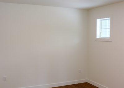 14401 20 Bedroom